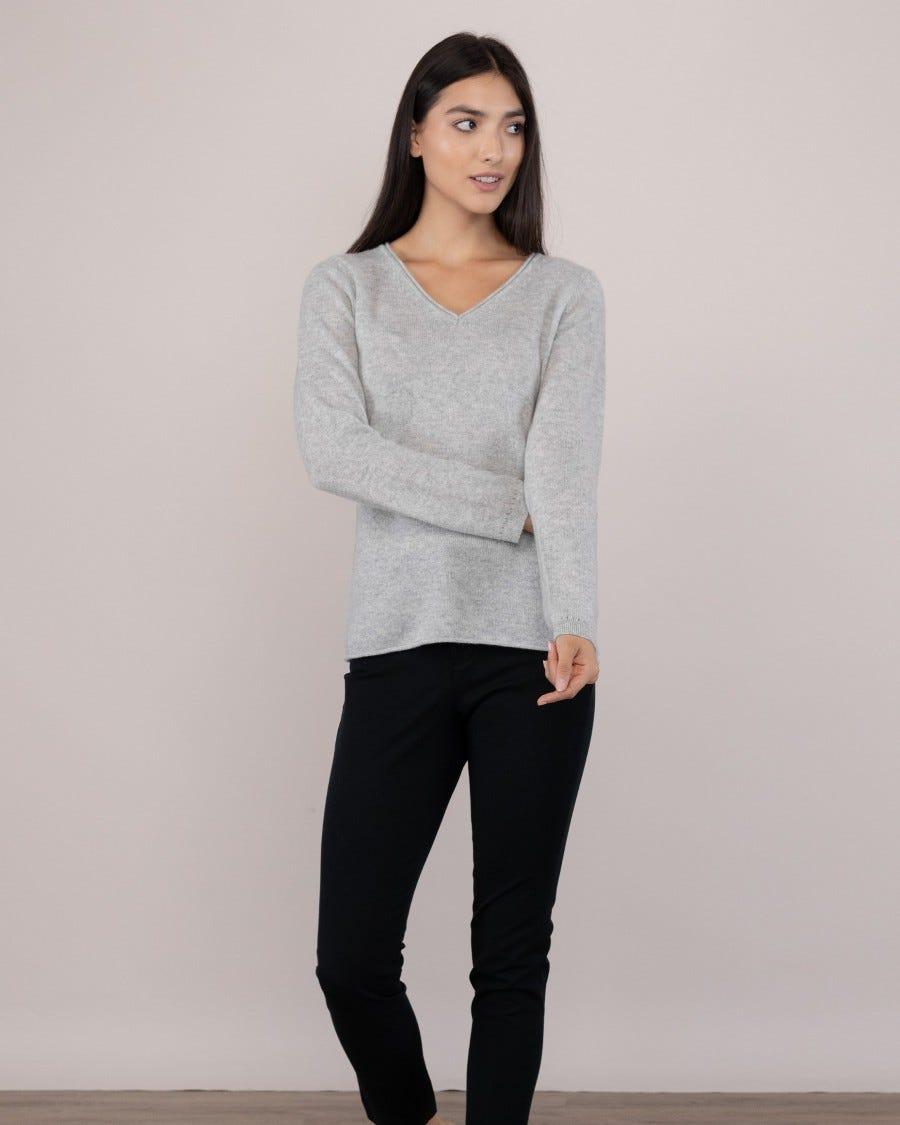 100% Cashmere Easy V-Neck Pullover
