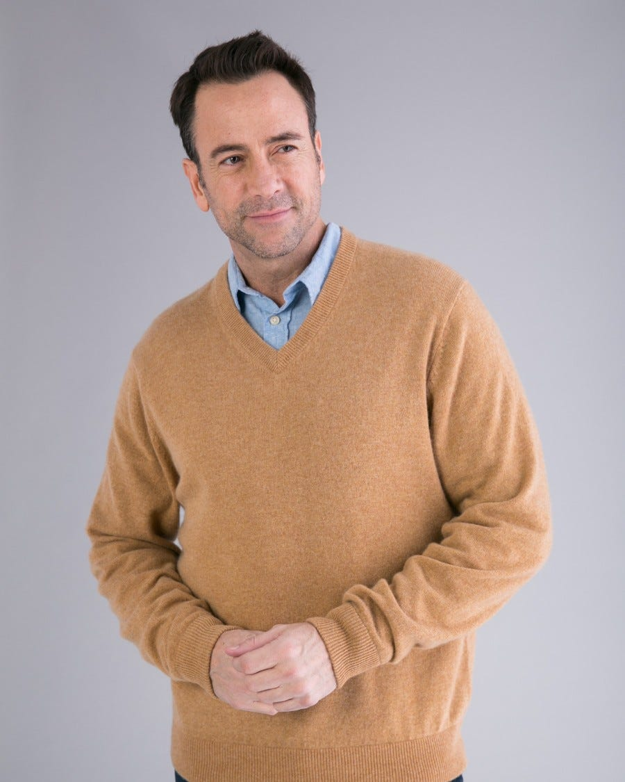 Men's 100% Cashmere Classic V-Neck Pullover